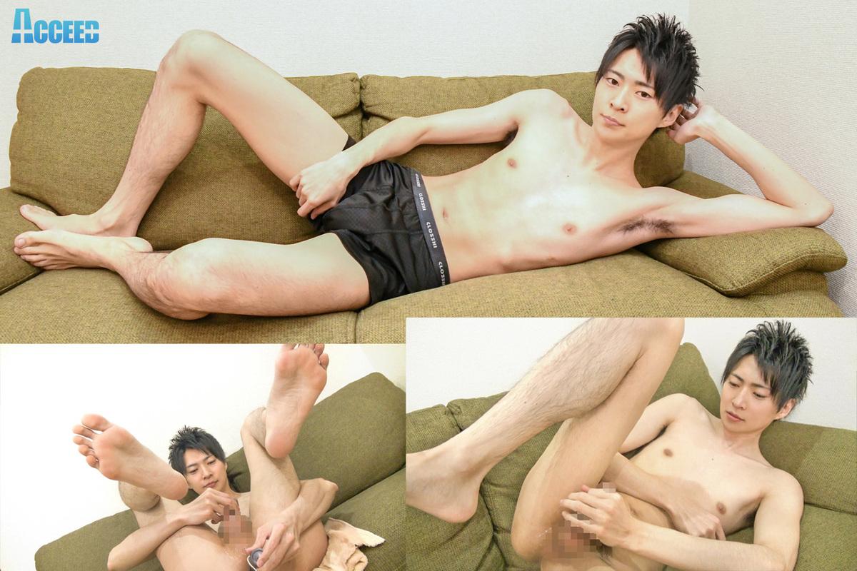 長身スタイル抜群のズル剥け男子「はる」のアナニー初体験&大量射精!